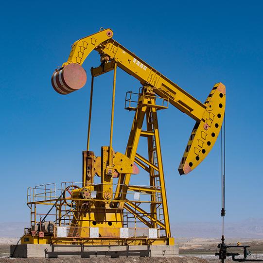 Merus obroč odlično deluje tudi pri surovi nafti in olju.